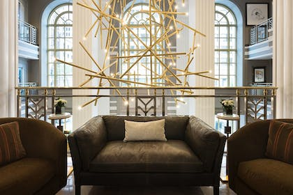 Lobby Sitting Area | Hotel LeVeque, Autograph Collection