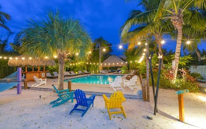 Pool | Siesta Key Palms Resort