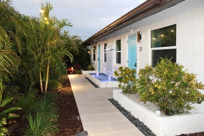 Terrace/Patio | Siesta Key Palms Resort