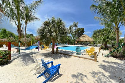 Featured Image | Siesta Key Palms Resort