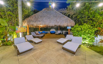 Sundeck | Siesta Key Palms Resort