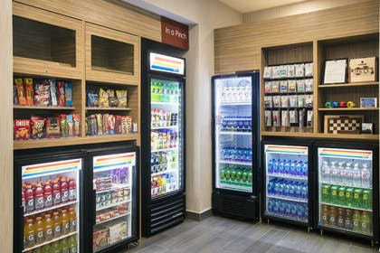 Snack Bar | TownePlace Suites by Marriott Miami Homestead