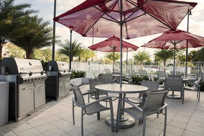 BBQ/Picnic Area | TownePlace Suites by Marriott Miami Homestead