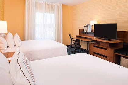 Guestroom | Fairfield Inn and Suites by Marriott Akron Stow
