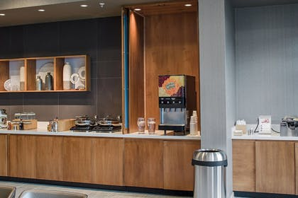 Breakfast Area | SpringHill Suites by Marriott Kalispell