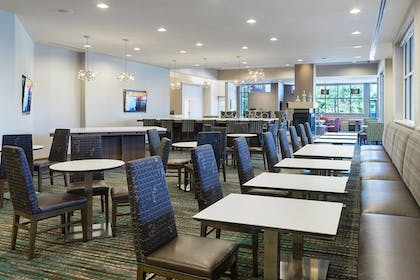 Restaurant | Residence Inn by Marriott Houston West/Beltway 8 at Clay Rd.