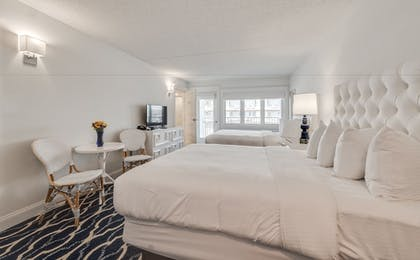 Guestroom | ICONA Cape May