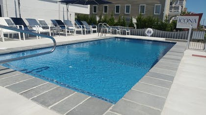 Outdoor Pool | ICONA Cape May