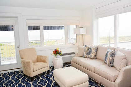 Living Room | ICONA Cape May