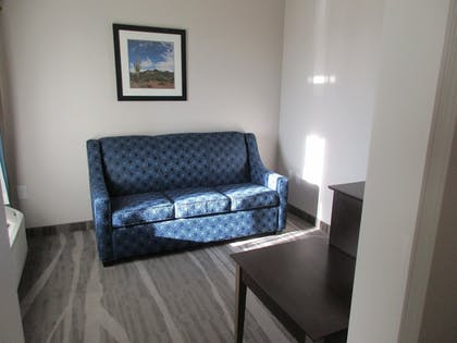 Living Area | Best Western Plus Denver City Hotel and Suites