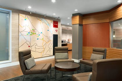Lobby Sitting Area | TownePlace Suites Pittsburgh Airport/Robinson Township