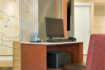 Business Center | TownePlace Suites Pittsburgh Airport/Robinson Township