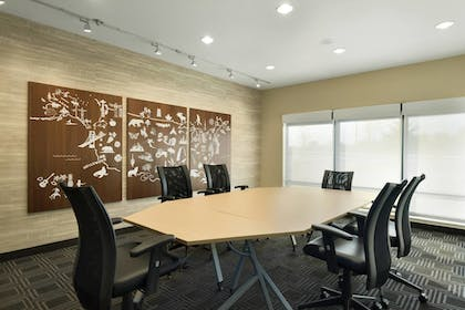 Meeting Facility | TownePlace Suites Pittsburgh Airport/Robinson Township