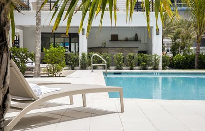 Outdoor Pool | Elita Hotel