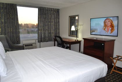 In-Room Business Center | C3 Hotel & Convention Center
