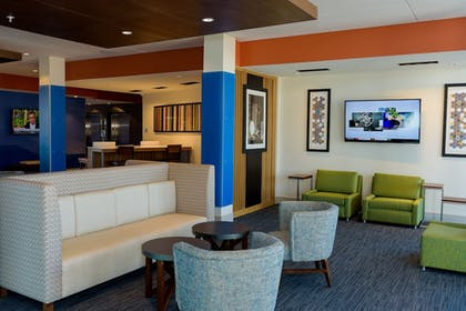 Lobby | Holiday Inn Express & Suites McKinney - Frisco East