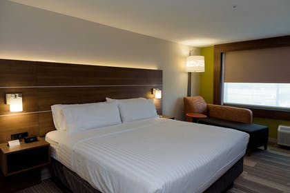 Guestroom | Holiday Inn Express & Suites McKinney - Frisco East