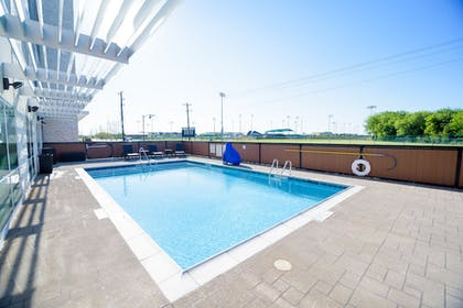 Pool | Holiday Inn Express & Suites McKinney - Frisco East