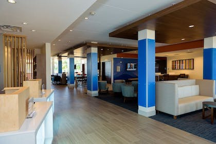 Reception | Holiday Inn Express & Suites McKinney - Frisco East