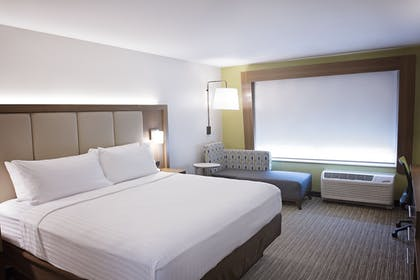 Guestroom | Holiday Inn Express & Suites Greenwood Mall