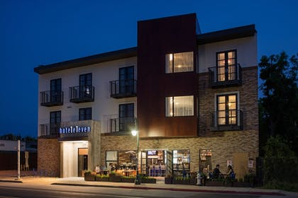 Featured Image | Hotel Eleven