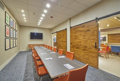 Meeting Facility | Holiday Inn Express & Suites Hermiston Downtown