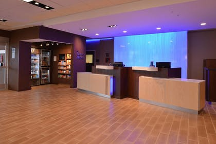 Lobby | Fairfield Inn & Suites Fremont