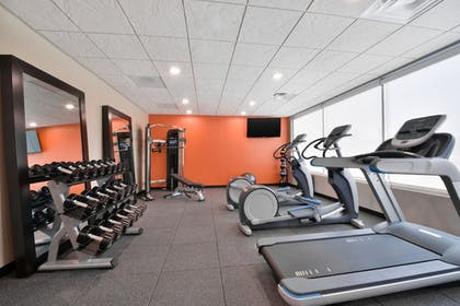 Gym   Home2 Suites by Hilton DuPont