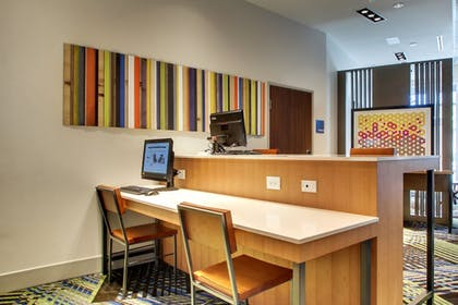 Business Center | Holiday Inn Express & Suites Charleston NE Mt Pleasant US17