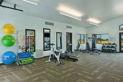Gym | Oxford Suites Sonoma County