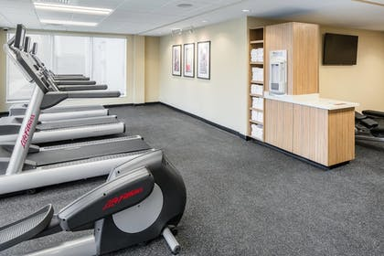 Fitness Facility | Towneplace Suites Kansas City Airport