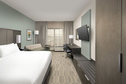 Guestroom | Holiday Inn Express Pensacola Downtown
