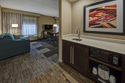 Private Kitchen | Hampton Inn & Suites Nashville Hendersonville
