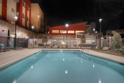 Outdoor Pool | Fairfield Inn and Suites by Marriott Charlotte Airport