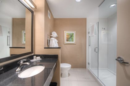 Guestroom | Fairfield Inn and Suites by Marriott Charlotte Airport
