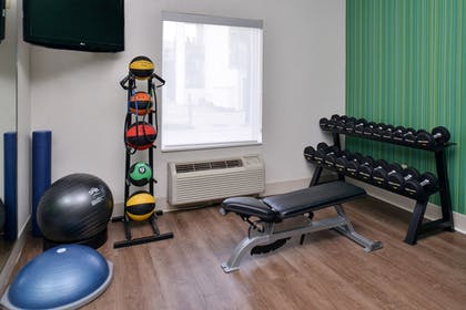 Fitness Facility | Holiday Inn Express & Suites Corpus Christi - N Padre Island