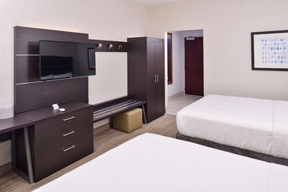 Guestroom | Holiday Inn Express - Bethlehem