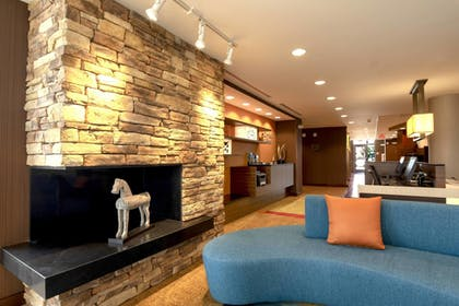 Lobby   Fairfield Inn and Suites by Marriott Chillicothe