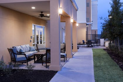 BBQ/Picnic Area | Residence Inn by Marriott Dallas Plano/Richardson