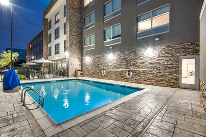 Pool | Holiday Inn Express & Suites Dallas North - Addison