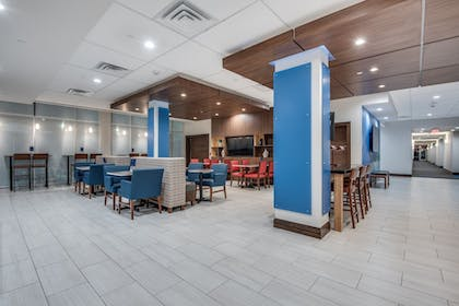 Restaurant | Holiday Inn Express & Suites Dallas North - Addison