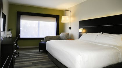 Guestroom | Holiday Inn Express & Suites Kingston-Ulster