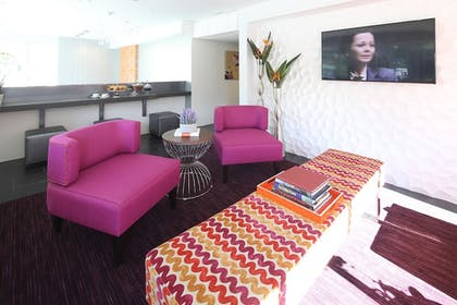 Property Amenity | Lexen Hotel Hollywood Walk of Fame