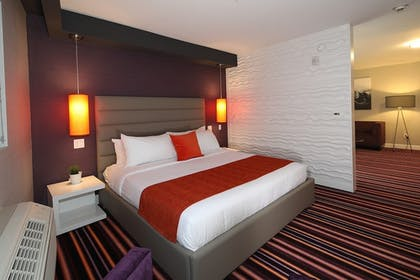 Guestroom | Lexen Hotel Hollywood Walk of Fame