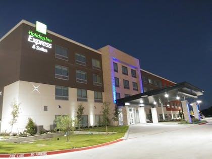 Hotel Front | Holiday Inn Express & Suites Dallas Northeast - Arboretum