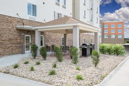 Hotel Front | Candlewood Suites Omaha - Millard Area