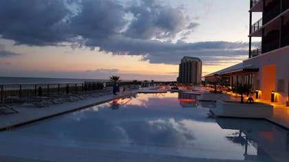 Outdoor Pool | SpringHill Suites by Marriott Navarre Beach