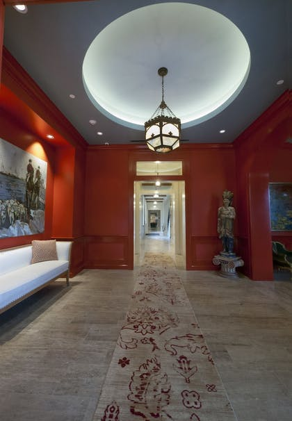 Interior Entrance | The Southern Hotel