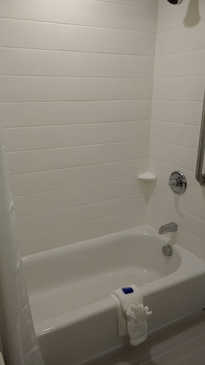 Bathroom | Best Western Plus New Orleans Airport Hotel
