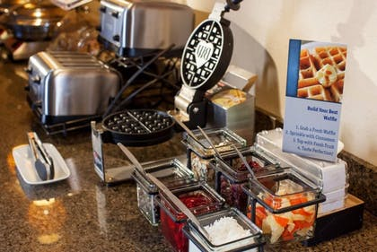 Breakfast buffet | Best Western Plus New Orleans Airport Hotel